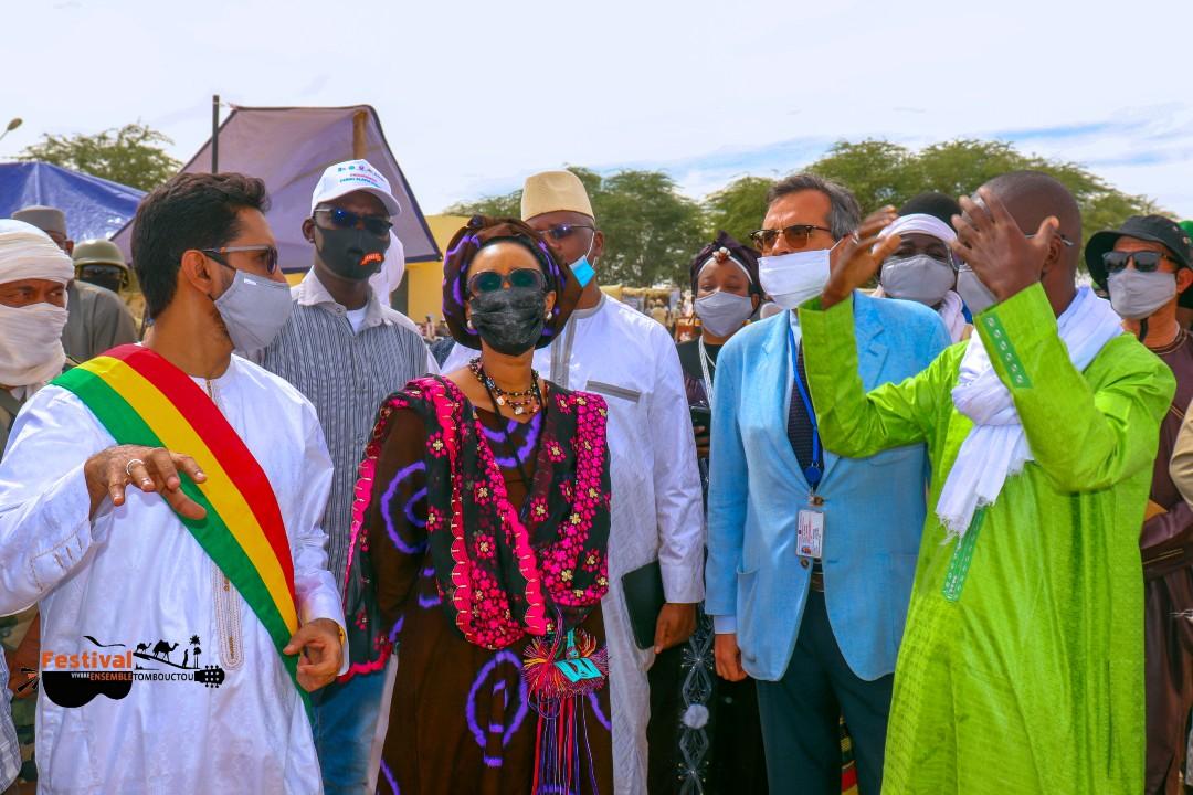 Une forte délégation gouvernementale sur le site du Festival du Vivre Ensemble.